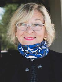 Real Estate Agent Penny Woodford with Coldwell Banker Realty