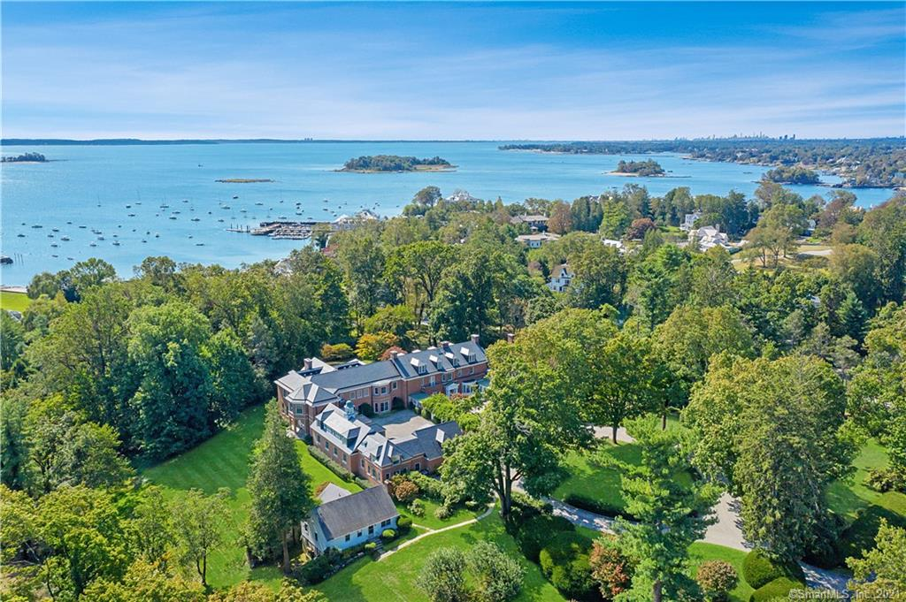 TOP END Properties30 Field Point Dr, Greenwich, CT 06830