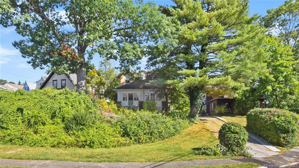 TOP END Properties: 75 Havemeyer Pl, Greenwich, CT 06830