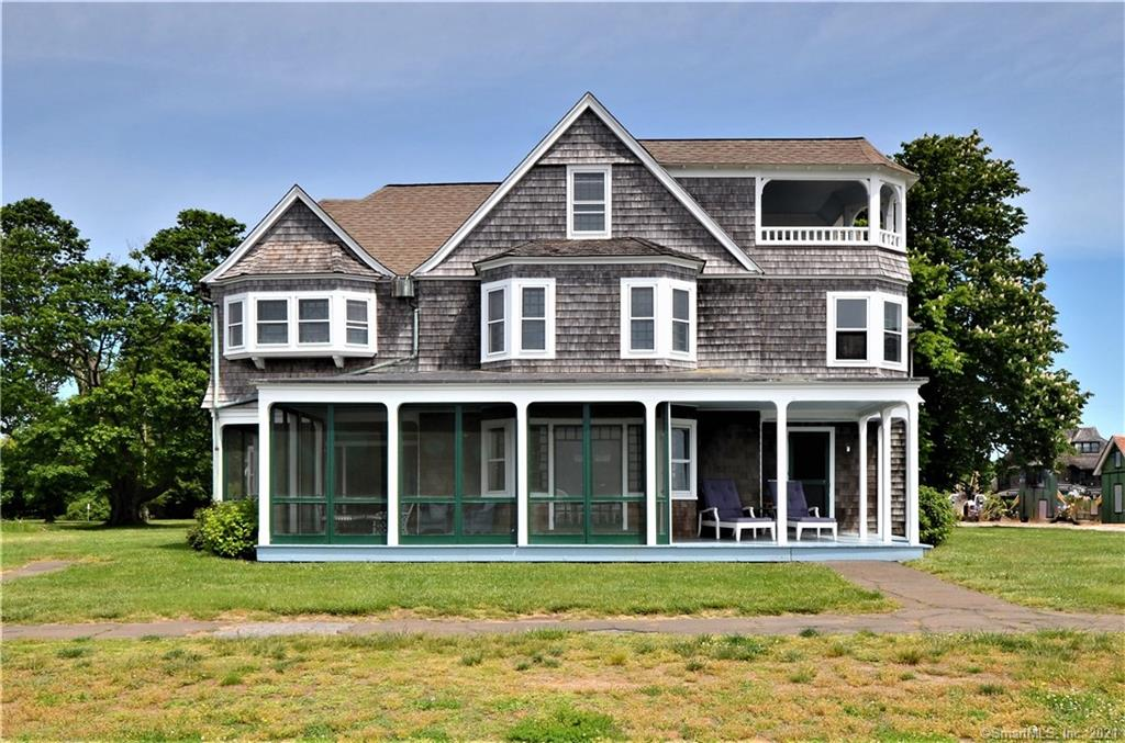 TOP END Properties: 15 Pettipaug Ave, Old Saybrook, CT 06475