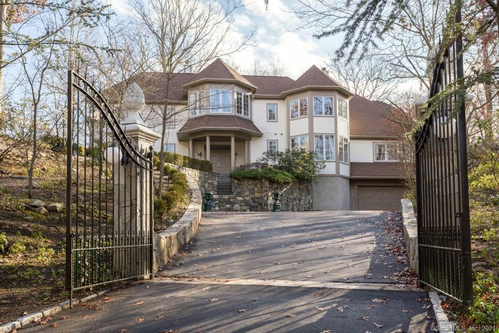 TOP END Properties: 23 Blackberry Dr, Stamford, CT 06903
